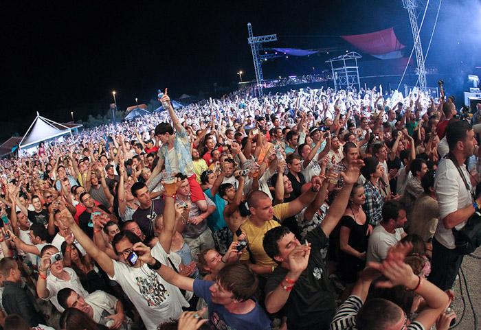 Fat Boy Slim - koncert na plaži Zrće, ostrvo Pag, Hrvatska