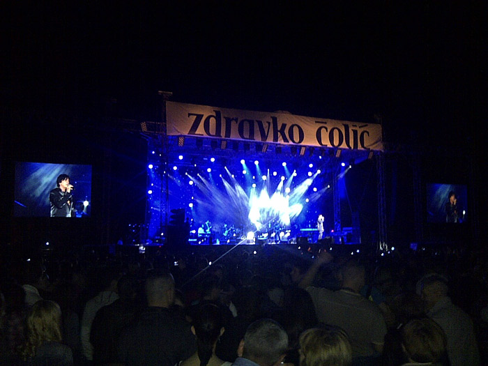 Zdravko Čolić pevao pred 10.000 šapčana