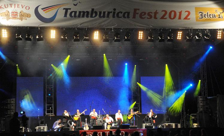 Tamburica fest 2012 na Petrovaradinskoj tvrđavi